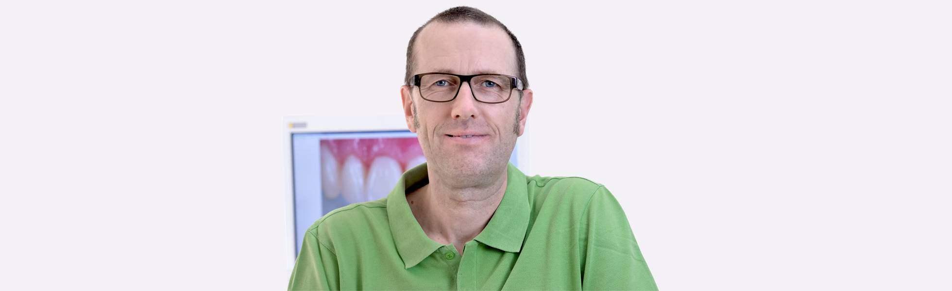 Zahnarzt Stefan Mewes Portaitaufnahme
